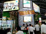 pengunjung-indonesia-property-expo-2019-mendatangi-booth-pameran-hk-realtindo.jpg