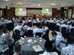pengurus-pgri-dari-kabupatenkota-di-jateng-ketika-mengikuti-konferensi-kerja-pgri-jawa-tengah.jpg