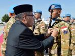 penyematan-medal-un-oleh-duta-besar-ri-untuk-lebanon-dr-h-achmad-chozin-chumaydi_20181006_185214.jpg