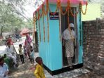 perempuan-di-india-menggugat-cerai-suami-yang-tak-membangun-jamban-di-rumah_20170821_223247.jpg