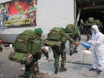 personel-dari-yonif-315garuda-kodam-ii-siliwangi-dikirim-ke-papua-menggunakan-kri-banjarmasin-592.jpg