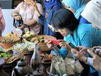 pesonna-hotel-semarang-menggandeng-komunitas-blogger-gelar-food-photography-training_20180505_183756.jpg