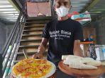 pizza-berbahan-baku-singkong-jarak-towo-8-10-2021.jpg