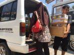 pmi-kabupaten-batang-mengirim-bantuan-melalui-pos_20180824_201817.jpg