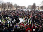polisi-membatasi-pergerakan-di-pusat-kota-moskow.jpg