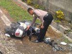 polisi-mengamankan-sepeda-motor-korban-yang-rusak-parah.jpg