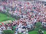 potongan-video-kerumunan-massa-si-kota-pasuruan-jawa-timur.jpg