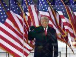 presiden-amerika-serikat-as-donald-trump-tampil-di-hadapan-pendukungnya.jpg