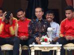 presiden-joko-widodo-berbincang-dengan-pemain-timnas-u-22-indonesia.jpg