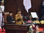 presiden-joko-widodo-dengan-baju-adat-suku-sasak-ntb-menyampaikan-pidato-kenegaraan-dalam.jpg