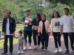 presiden-joko-widodo-jokowi-memulai-akhir-pekan-dengan-mengajak-keluarganya-di-kebun-raya-bogor.jpg