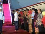 presiden-joko-widodo-mendarat-di-pekanbaru.jpg