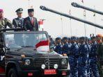 presiden-jokowi-melakukan-inspeksi-pasukan-pada-perayaan-hut-ke-74-tni.jpg