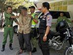 pria-ini-ditangkap-polisi-gara-gara-memperlihatkan-alat-kelamin_20180529_161433.jpg