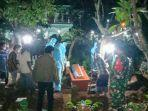 prosesi-pemakaman-pdp-corona-di-desa-protomulyo-kaliwungu-selatan-kabupaten-kendal.jpg