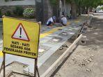 proyek-pembangunan-trotoar-di-jalan-mayjend-s-parman-kelurahan-tegalsari-kecamatan.jpg