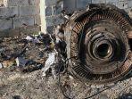 puing-pesawat-ukraina-yang-jatuh-pesawat-boeing-737-800-teheran-iran.jpg