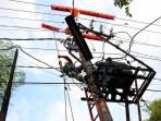 rabu-sambungan-listrik-pln-kawasan-berikut-ini-akan-padam_20150519_185743.jpg
