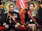 raja-totok-santoso-hadiningrat-dan-kanjeng-ratu-dyah-gitarja-pemimpin-keraton-agung-sejagad.jpg