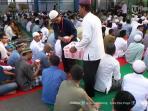 ratusan-tahanan-padati-masjid-rutan-kelas-1-solo-saat-ramadan_20160610_205112.jpg