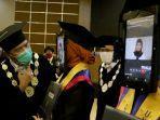 rektor-undip-yos-johan-lulusan-undip-dalam-acara-wisuda-universitas-diponegoro.jpg