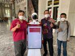 robot-greeter-atau-penerima-tamu-di-kantor-wali-kota-semarang.jpg