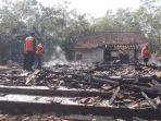 rumah-dan-penghuninya-terbakar-di-jepara_20180724_183739.jpg