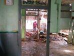 rumah-kirno-diterjang-banjir-bandang-di-kaliwungu-selatan_20180211_131850.jpg