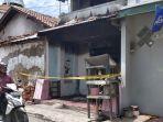 rumah-penjual-bensin-eceran-di-jalan-nakula-kota-tegal-terbakar-selasa-8122020.jpg