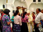 saat-kecil-uskup-agung-mgr-robertus-rubiyatmoko-rajin-menggembala-kerbau-dan-bebek_20170522_120428.jpg