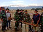 satgas-yonzipur-8smg-kodam-xivhasanuddin-melakukan-evakuasi-di-lokasi-gereja-gpi_20181007_130327.jpg