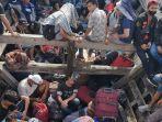 sebanyak-72-orang-tenaga-kerja-indonesia-tki-ilegal-ditelantarkan-di-pinggir-sungai-ludam.jpg