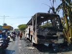 sebuah-bus-karyawan-pt-kayu-lapis-indonesia-al-jumat-492020.jpg