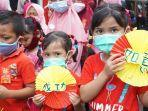 sejumlah-anak-dan-remaja-kampung-mandarin-kabupaten-batang.jpg