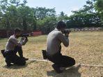 sejumlah-anggota-polres-salatiga-saat-mengikuti-latihan-menembak.jpg