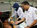 sejumlah-dokter-dan-petugas-pt-kereta-api-indonesia.jpg
