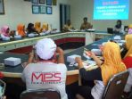 sejumlah-karyawan-pt-mps-urip-sugiharto-mengikuti-sosialisasi-oleh-uppd-samsat-kota-pekalongan_20181010_093826.jpg