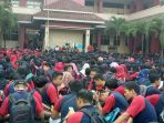 sejumlah-mahasiswa-baru-universitas-pgri-semarang-kamis_20170914_112624.jpg