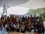 sejumlah-peserta-globees-2019-saat-berfoto-bersama-rektor-uksw-salatiga-neil-semuel-rupidara.jpg