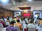 sejumlah-peserta-mengikuti-rakor-bersama-kpk-di-pendopo-kabupaten-batang-kamis-3122020.jpg