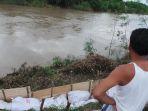 sejumlah-titik-tanggul-sungai-pemali-kabupaten-brebes-yang-kritis-bertahap-diperbaiki_20170223_195411.jpg