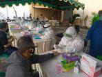 sejumlah-warga-mengikuti-rapid-test-gratis-di-halaman-gereja-bethel-indonesia-gbi.jpg