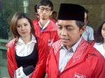 sekjen-partai-solidaritas-indonesia-psi-raja-juli-antoni-dan-ketua-umum-psi-grace-natalie_20180307_142231.jpg