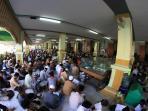 semaan-alquran-di-masjid-agung-kauman-tiap-ramadan_20160607_223614.jpg