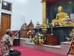seorang-umat-buddhkota-tegal.jpg