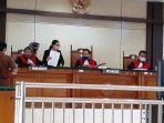 sidang-kasus-penyelundupan-benih-lobster-di-pengadilan-negeri-pn-semarang.jpg