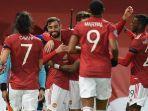 skuad-manchester-united-saat-merayakan-gol-ke-gawang-istanbul-basaksehir.jpg