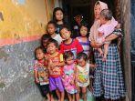 sriyantijanda-yang-memiliki-16-anak-di-desa-wanarejan-utara-kecamatan-taman-pemalang.jpg