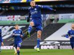 striker-inggris-leicester-city-jamie-vardy-setelah-pertandingan-sepak-bola-liga-premier.jpg