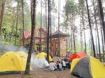 suasana-di-area-guci-forest-kabupaten-tegal-1.jpg